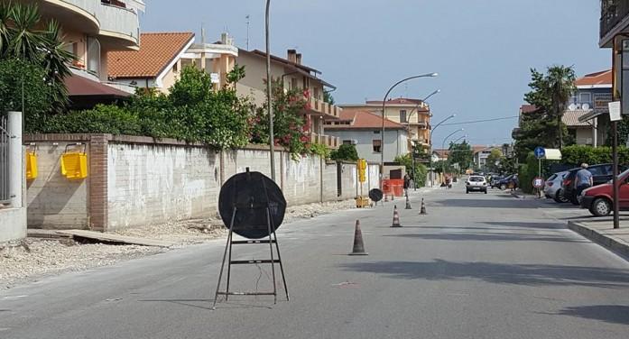 Pista ciclabile via Del Mare, cambia la circolazione
