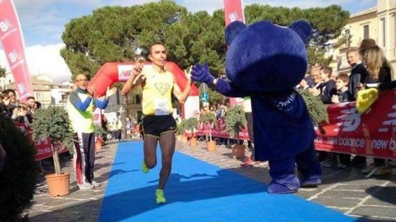 Di Cecco vince la 37esima Stralanciano, Mancini prima delle donne