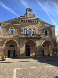 Il borgo di Rocca San Giovanni si veste di artigianato, enogastronomia e musica