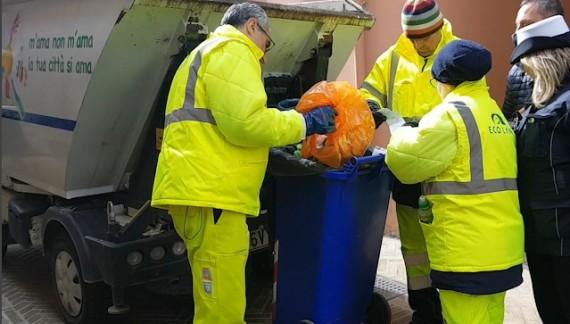 Abbandono rifiuti, multe da 600 euro per tre persone