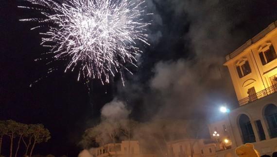 Domani sparo del Carnevale in piazza Plebiscito