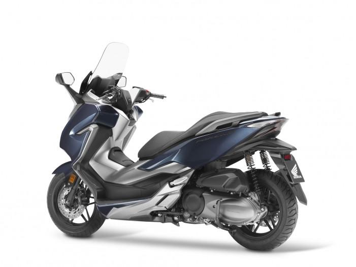 Nuovo modello della Honda Italia nello stabilimento della Val di Sangro