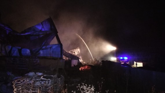 Incendio Deter Global a Paglieta, l'Arta esclude la presenza di benzene nell'aria